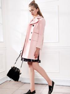 betu百图2016冬季新款粉色大衣