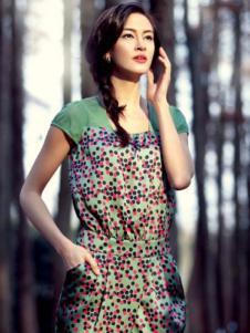 哥邦女装绿色波点拼接连衣裙