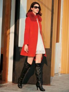 金蝶茜妮红色毛领毛呢大衣