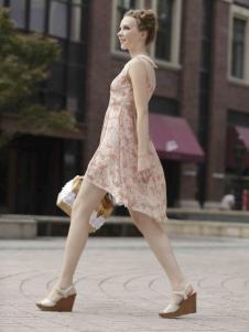凯迪·米拉女装无袖印花裙