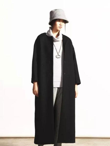 柯妮丝麗黑色长款外套