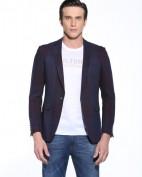 卧虎藏龙男装招商 打造国内最优秀男装品牌