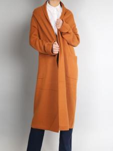 零时尚姜黄色大衣
