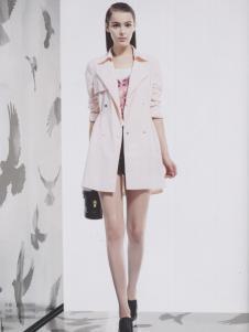 阿莱贝琳粉色中款风衣