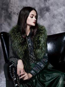 楚阁女装绿色无袖皮草外套