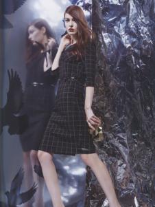 阿莱贝琳黑色格纹连衣裙