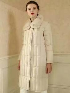 湘衣铭米色长款棉衣