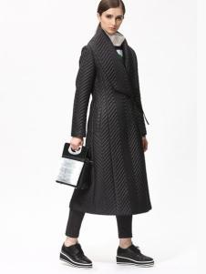 Sofeya女装秋冬新品黑色长款修身大衣
