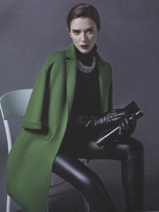 阿莱贝琳绿色五分袖呢外套