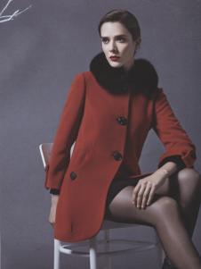 阿莱贝琳红色毛领呢外套