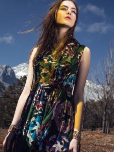 卡索2017春夏新款唯美连衣裙