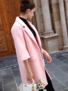 YOSUM粉色五分袖毛呢大衣