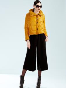 例格女士黄色短款羽绒服
