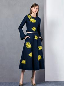 奥伦提冬季新款打底套装裙