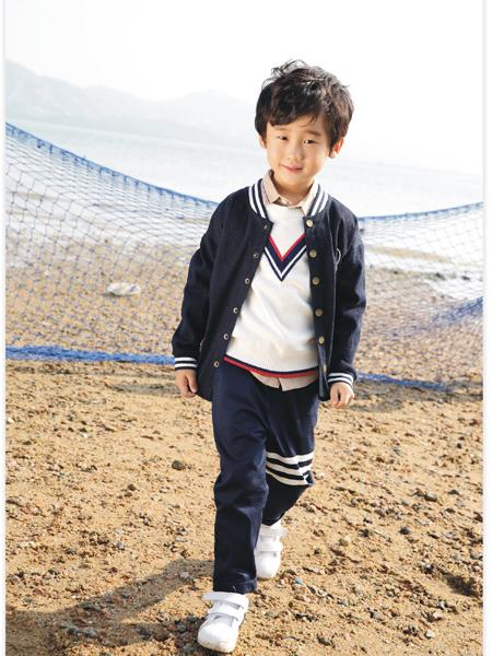 吉象贝儿17新款男小童外套