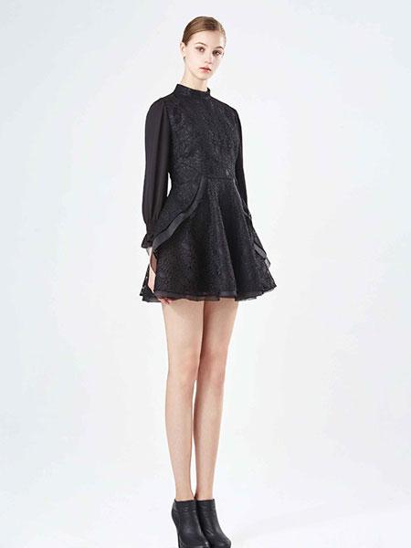 保时霓时尚黑色连衣裙