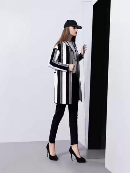 依米奴女装新品黑白条纹直筒修身外套