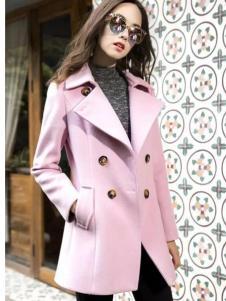 葆斯奴女装粉色翻领呢大衣