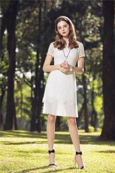 KINGBOLAI金舶莱2017年春夏新品白色收腰连衣裙