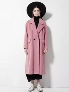欧蒂芙女装新品粉色长款大衣