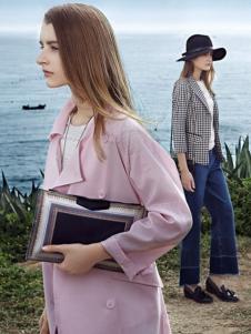 朗文斯汀女装粉色风衣