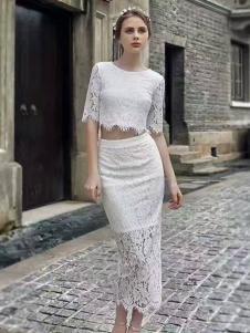 色弋瑞白色蕾丝时尚套装