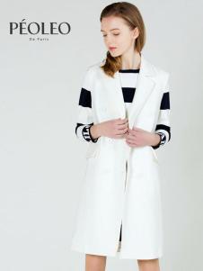 Peoleo飘蕾2017春装新品白色西装领马甲