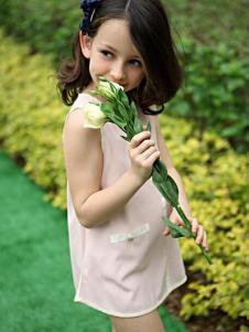 伊顿风尚童装无袖浅粉色女裙