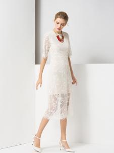 经典故事时尚白色连衣裙