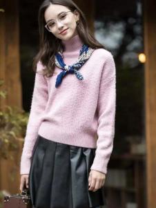 葆斯奴女装粉色高领毛衣