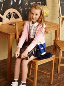 贝贝依依童装粉色针织外罩衫