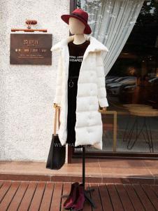 速品白色时尚长款羽绒服