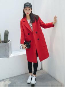 凡兔女装红色双排扣大衣