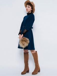 Pit女装新品高领收腰连衣裙