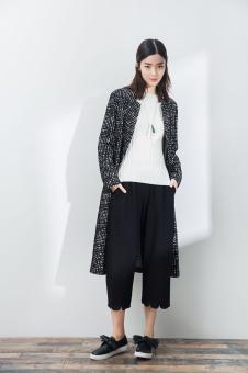 2017一席之地女装春夏新品针织长衫外套