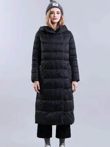 尹红女装秋冬款黑色长款连帽羽绒服