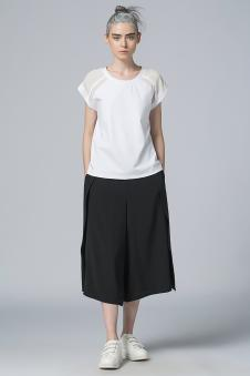2017年黑与白春夏新品无袖T恤