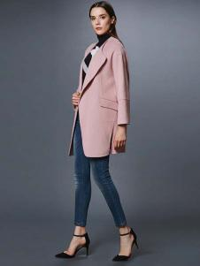 艾诺丝·雅诗女装秋冬新品西装领粉色大衣