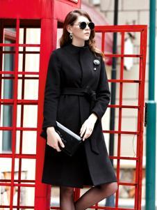 例格黑色气质大衣