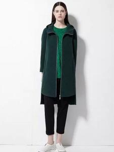 欧蒂芙女装新品墨绿色大衣