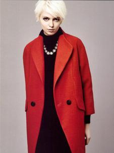薇妮兰红色翻领呢外套