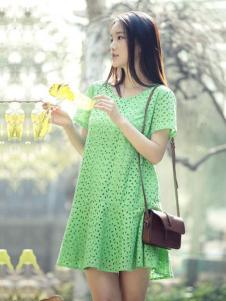 片断女装绿色连衣裙