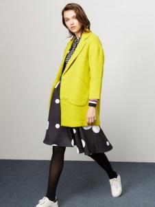 Lily女装柠檬黄西装领大衣