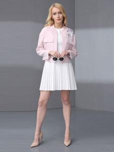 ELLE女装秋冬新品白色褶裙套装