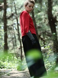 ALSCANA女装新品红色线衫