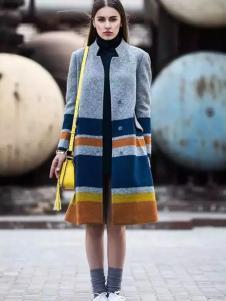 尹红女装秋冬款拼接大衣