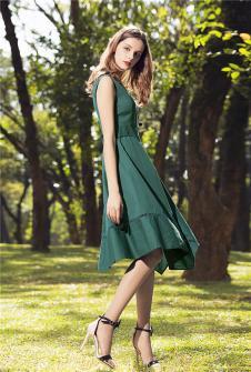 KINGBOLAI金舶莱2017年春夏新品绿色大裙摆收腰连衣裙