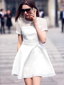 水映女装新品白色收腰连衣裙