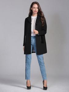 ELLE女装秋冬新品黑色修身大衣