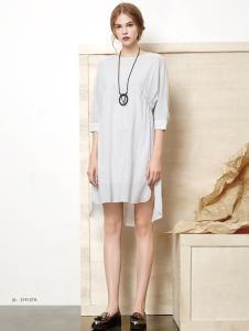 丽芮春夏长款白色连衣裙